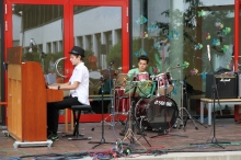 Klavier & Drums